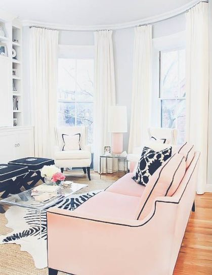 11-blush-sofa-with-black-details-for-a-glam-look