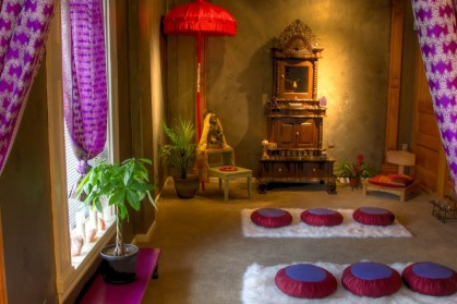 12-Pop-von-lila-und-rosa-Meditationsräumen-homebnc