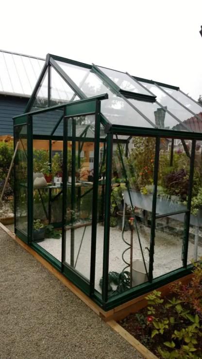 18-backyard-greenhouse-ideas-flickr-576x1024-1