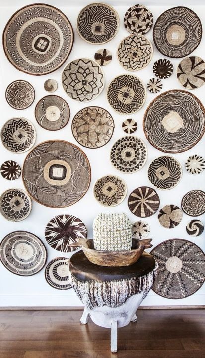 21-painted-african-baskets-on-the-wall