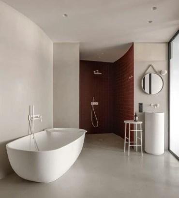 Blue-terracotta-walk-in-shower-768x846-1
