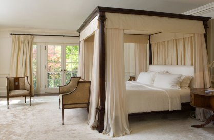 Canopy-bed-ideas-that-delights-your-room2