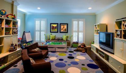Modern-kids-playroom-with-a-rug-in-purple