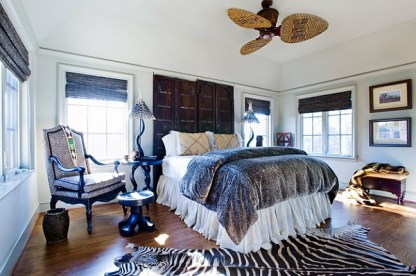 Zebra-rug-and-african-textiles-used-in-the-trendy-bedroom