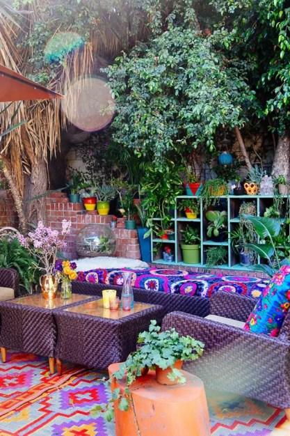 Awesome-boho-bohemian-garden-ideas-for-backyard