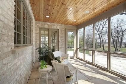 Beautiful-veranda-screened-in-porch