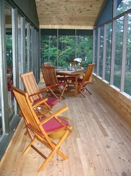 Cottage-veranda-screened-in-porch