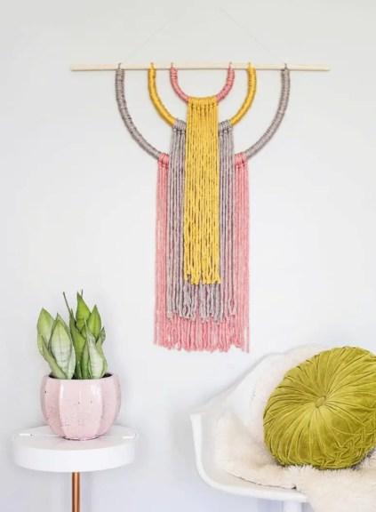 DIY-Garn-Wandbehang-für-einen-Boho-Touch-1-775x1056-1