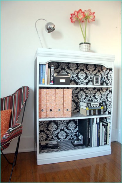 Ideas-to-add-background-for-your-bookcases-016
