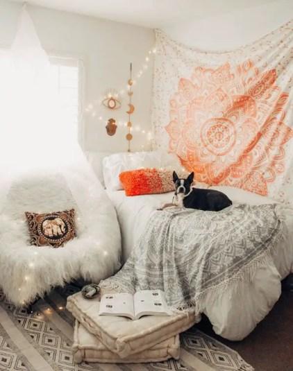 Entspannende-Wandteppich-Schlafzimmer-Dekoration-Ideen