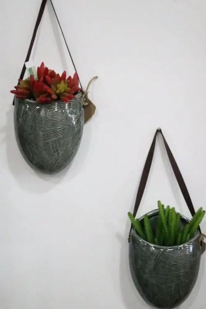 Wand-Pflanzgefäße-Keramik-bedruckt-hängend