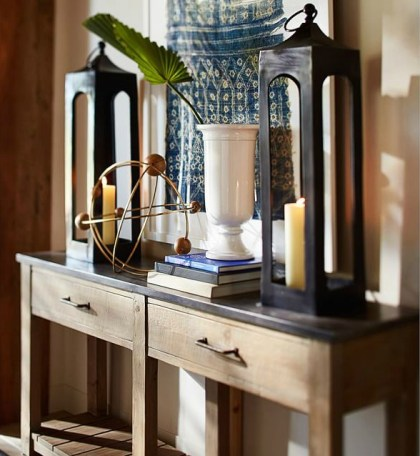Pair-decorative-lanterns-console-table-family-room