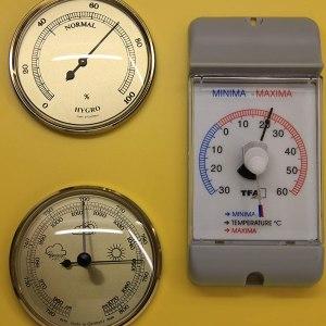 Statie meteorologica scolara 13