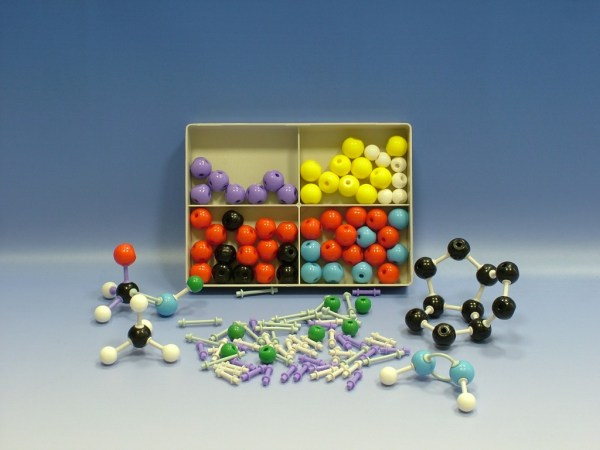 Set pentru modele moleculare de substante organice, anorganice 6