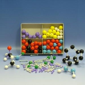 Set pentru modele moleculare de substante organice, anorganice 11