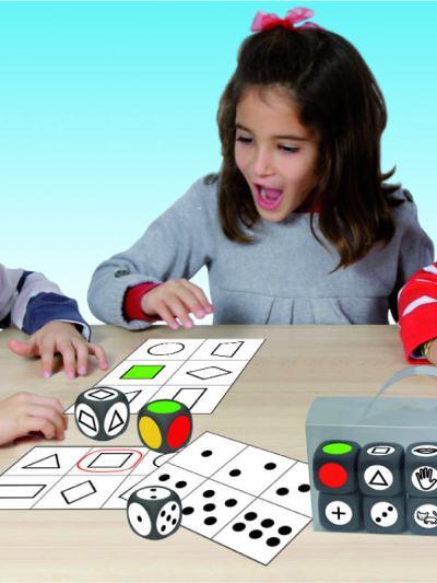 Joc cu zaruri - asociere forma, numar si culoare