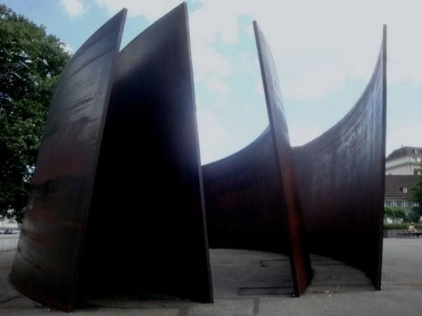 "alt=""Art Basel 2017 - Basilea- Richard Serra"""