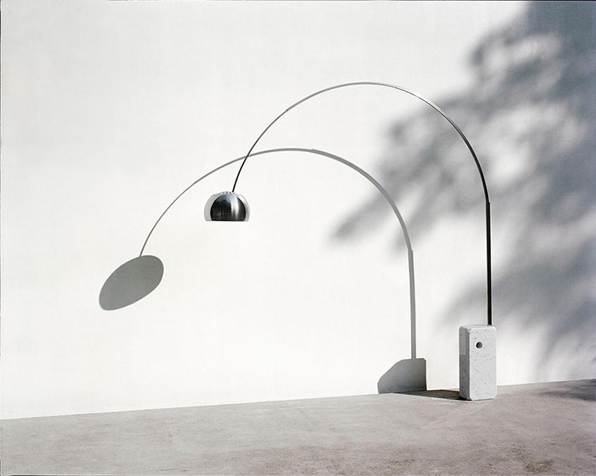"""alt=""""Cinque domande a - ZDA architettura - Oggetto iconico design - Arco di Flos"""""""