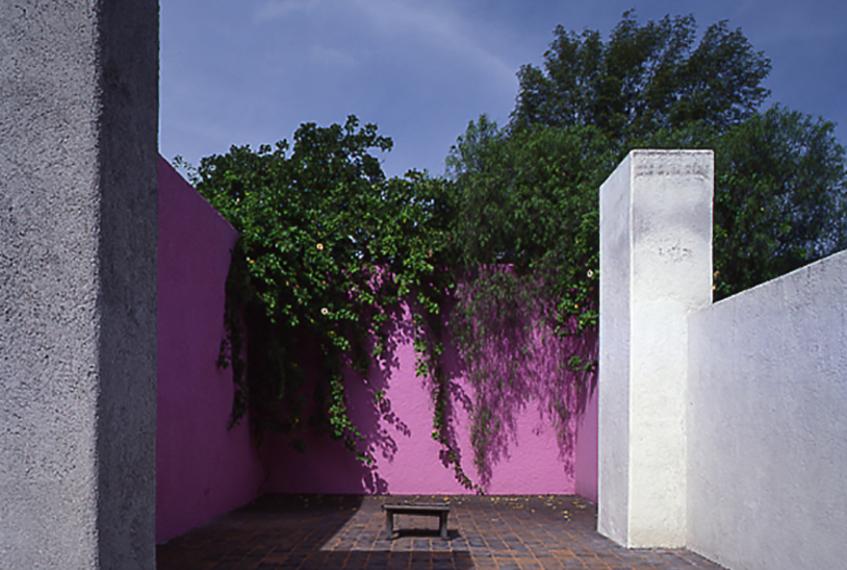 "alt=""Mexico city world - Design capital 2018 - Casa Luis Barragan"""
