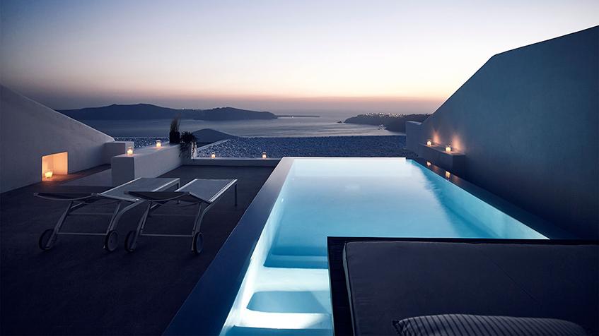 "alt=""Mini piscine in terrazzo - Hotel Cavo Tagoo - Santorini"""
