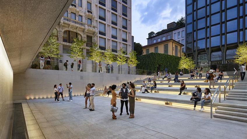 "alt=""Nuove architetture a Milano - Apple store - piazza Liberty"""