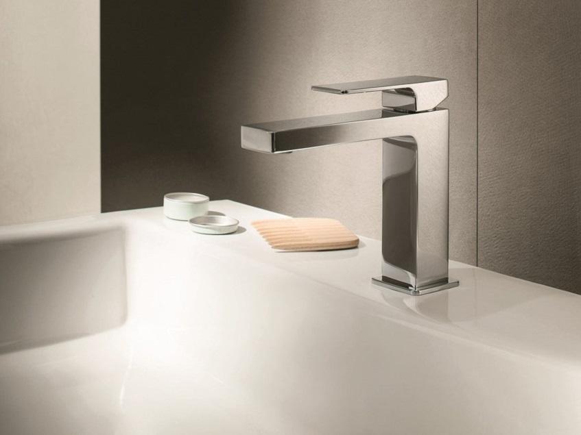 """alt=""""Un bagno dalla forma squadrata - Mint rubinetto - Fantini"""""""
