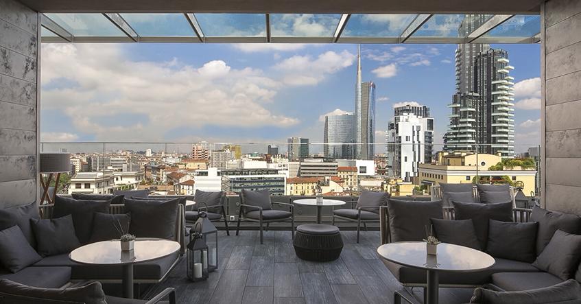 "alt=""Rooftop bar -Aperitivo Milano - Hyatt-Melià - Hotel Il Duca"""