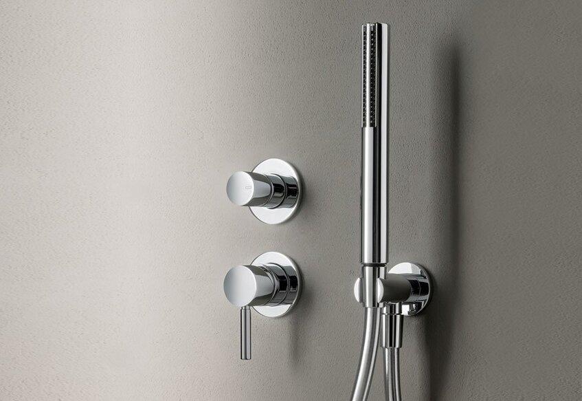 """alt: """"materialiedesign-isolamento-acustico-rubinetti-fantini-miscelatore-doccia-nostromo"""""""