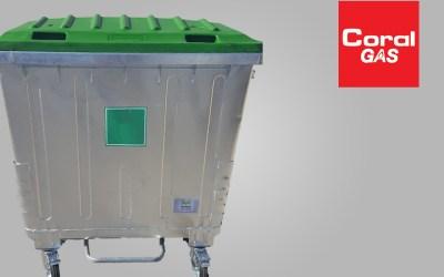 Αποστολή: 2 μεταλλικοί κάδοι 1100 με ποδομοχλό στην εταιρία coral gas