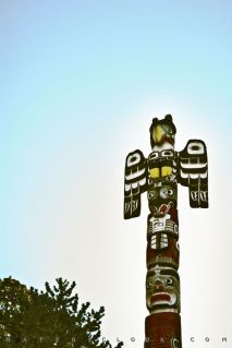 Totem0 by Francesco Perratone, MatericLook