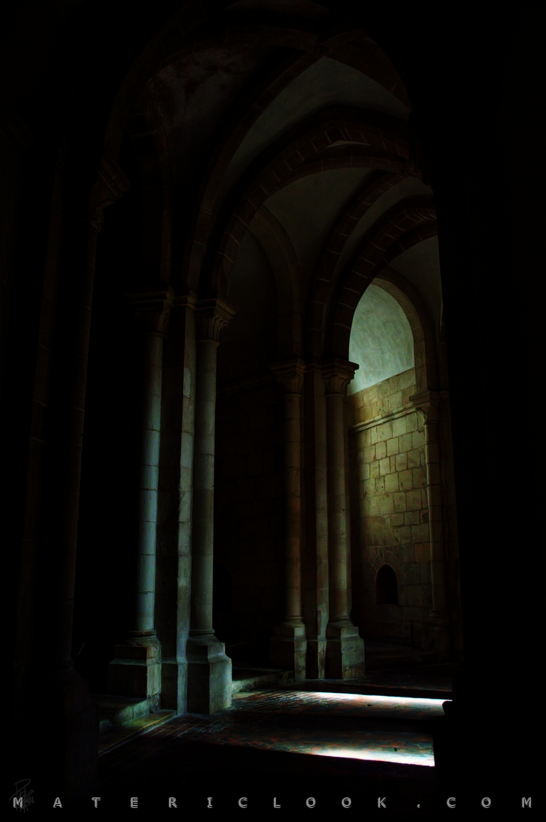 MatericLook: LightMaze by Francesco Perratone
