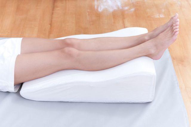 piernas en alto
