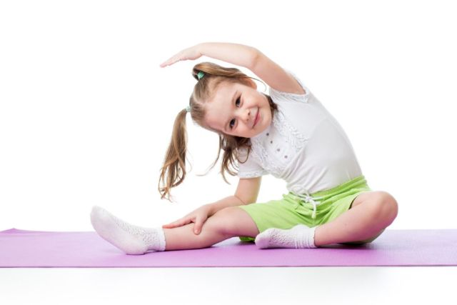 postura yoga ninos