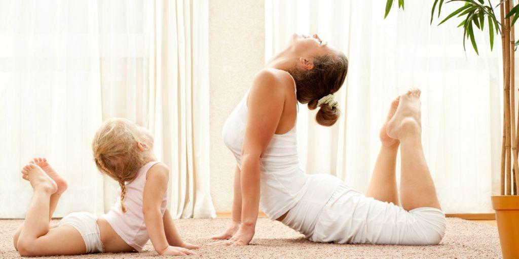 Los beneficios del yoga para ni os maternidadfacil - Musica para hacer yoga en casa ...