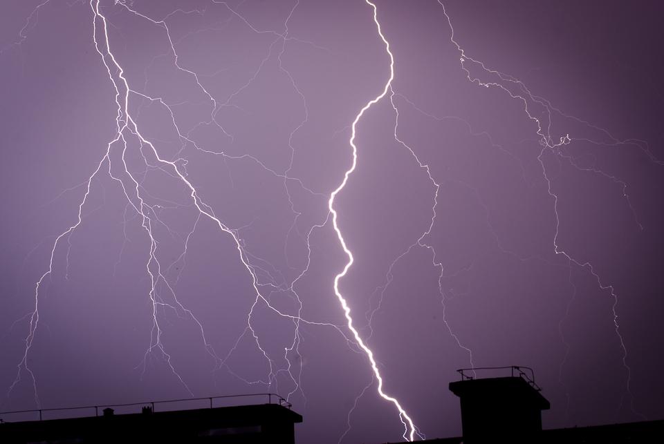 Zdjęcie burzy, piorun, Kraków, małopolska