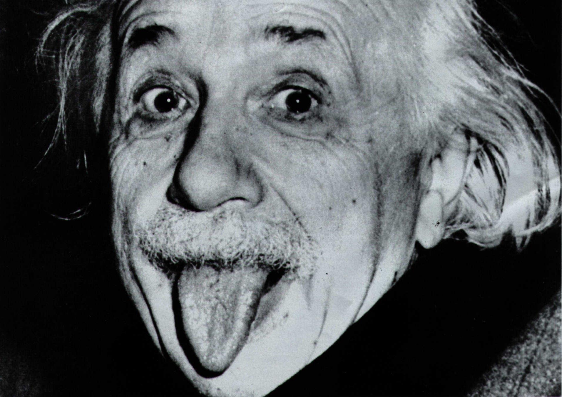 Einstein – Língua