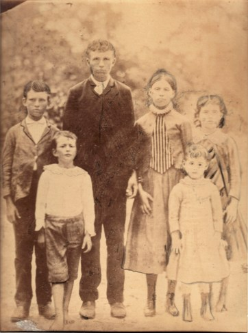 Children of James Waldrum Mathews, circa 1891