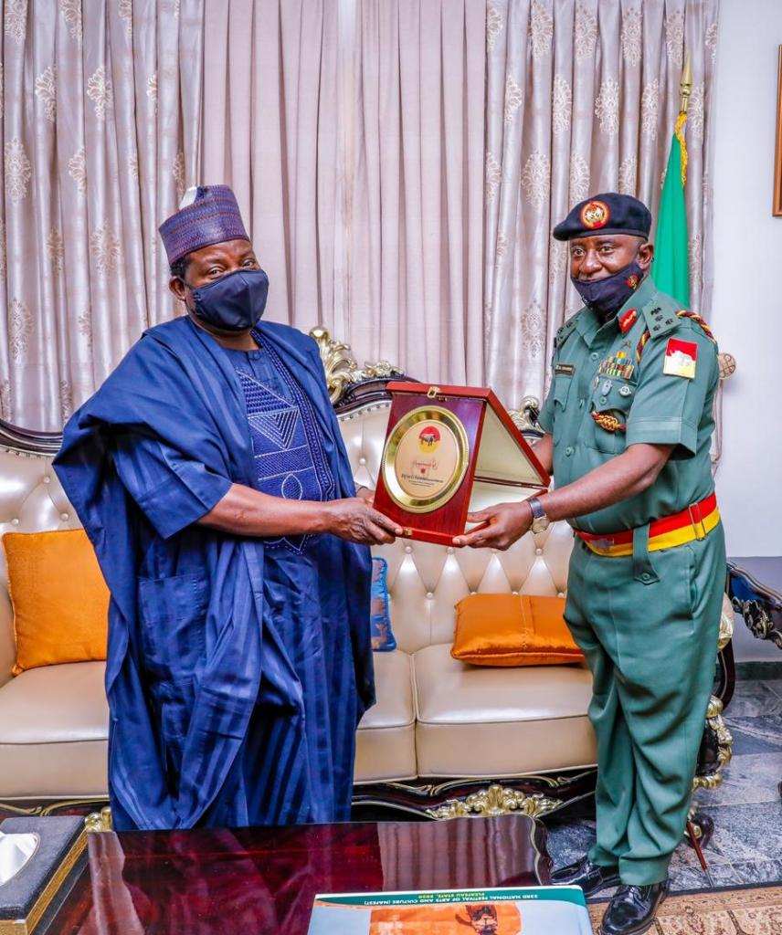 Plateau New AG, GOC 3rd Armored Division Visits Gov, Lalong (1)