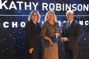 Kathy Robinson receives award