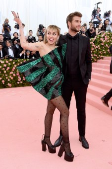 NEW YORK, NEW YORK - MAY 06: Miley Cyrus and Liam Hemsworth attend The 2019 Met Gala Celebrating Camp: Notes on Fashion at Metropolitan Museum of Art on May 06, 2019 in New York City. Jamie McCarthy/Getty Images/AFP