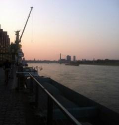 SommerAbendSpaziergang am Rhein - Köln