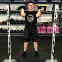 Front Squat Leg Strength Training Exercise 4