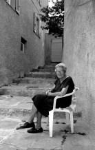 oldwomansittingincenturi