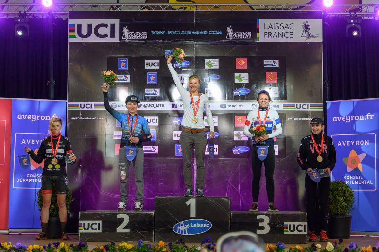 Podium femmes Roc Laissagais 2019 Marathon.