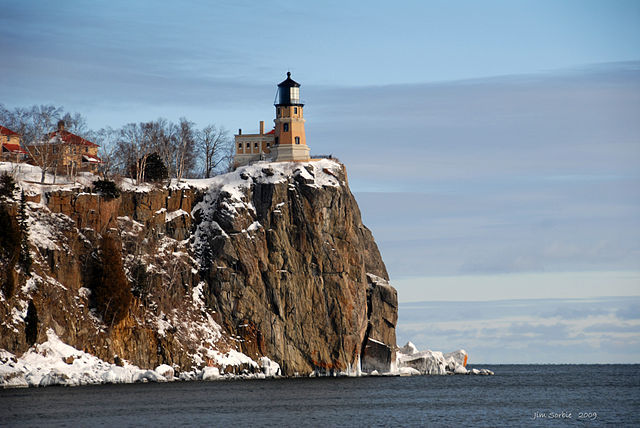 Figure 4: Split Rock Lighthouse on Lake Superior. (Source)