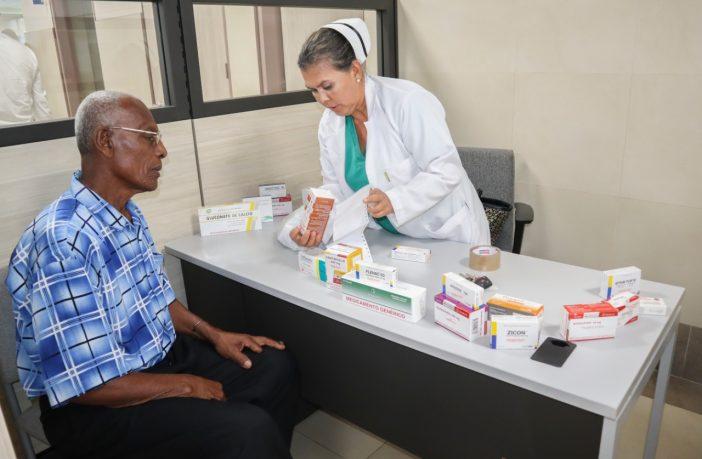 Hospital General Quevedo implementa programa 'Atención Farmacéutica'