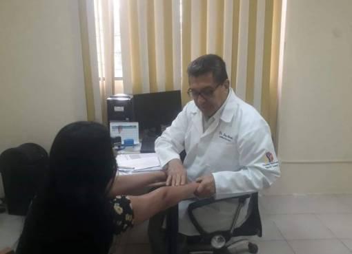 SERVICIO DE DERMATOLOGÍA DEL HOSPITAL MARTÍN ICAZA RECOMIENDA CUIDAR LA PIEL DE RADIACIONES SOLARES.