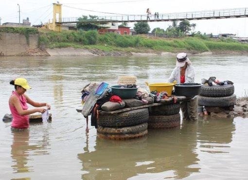 Lavar a orillas del río una añoranza Quevedeña