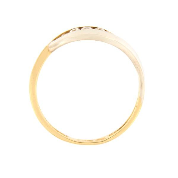 Kullast sõrmus tsirkoonidega Kood: 100pt-1