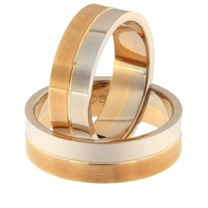 Золотое обручальное кольцо Kод: rn0108-6-1/2vl-1/2km1